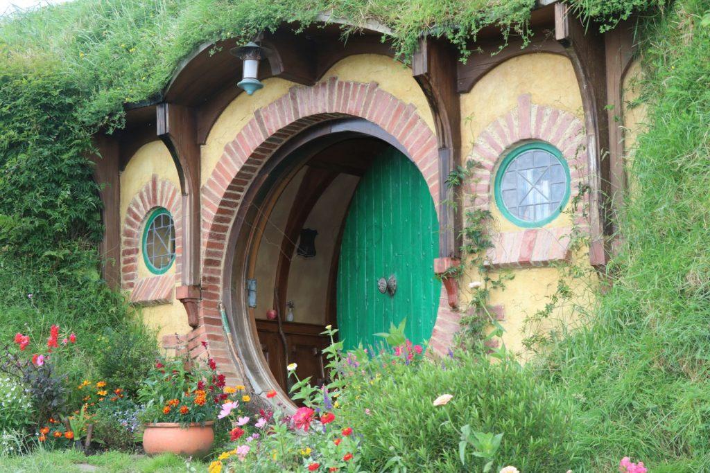 Eine ganz besondere grüne Tür.
